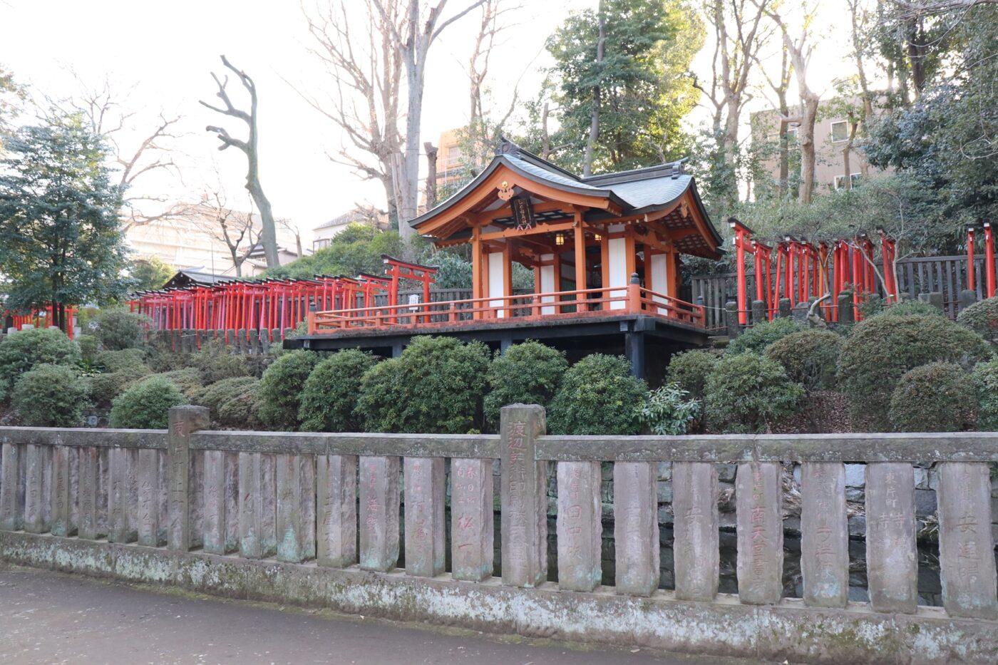 根津神社の写真