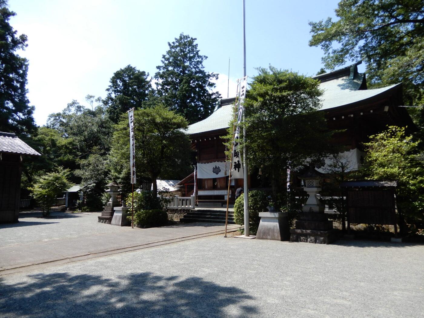 比々多神社の写真