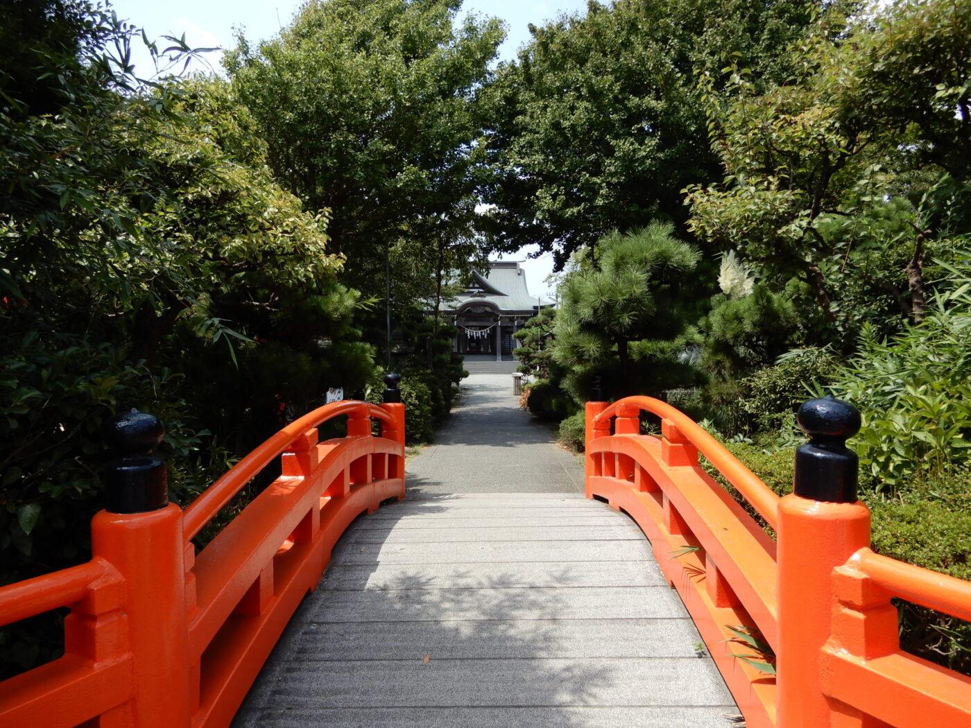 鵠沼伏見稲荷神社の写真